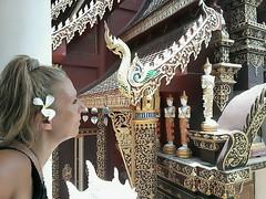 Chiang Mai - Thailandia (Cleu Corbani) Tags: thailandia templos mujer wat dragones cultura religiones cleucorbani lugaresmagicos bellezas