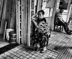 Anywhere will do  😴 (-Faisal Aljunied - !!) Tags: streetlife guangzhou china iphone7plus streetphotography faisalaljunied sleeping