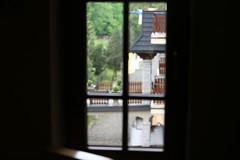 Księżówka, kaplica (widok z okna na wejście główne)