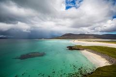 Seilebost Beach (Evoljo) Tags: harris isleoflewis outerhebrides seilbostbeach coast water sea sand beach sky clouds nikon d500