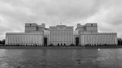 Main Building of the Ministry of Defense (Boris Zhigun) Tags: main building ministry defense znamenka stalinist architecture fujifilm xmount moscow russia москва россия знаменка xe1 river soviet sky clouds promenade bw monochrome flag
