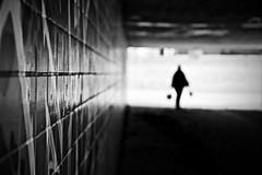 Tunnel. Bild. (HansEckart) Tags: sw licht perspektive linien schwarzweiss monochrome silhouette