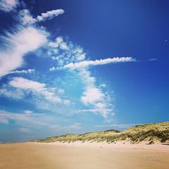 peaceful walk (pixpeeper) Tags: pixpeeper letouquet beach colors catchycolorsblue