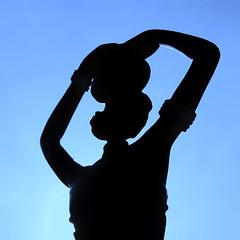 Use your head ..... (eric zijn fotoos) Tags: sonyrxiii africa southafrica stilllife zon portret zuidafrika beeld macromondays licht silhouette silhouet portrait afrika sonyrx10m3 detail sonyrx10111 statue macro sun makro stilleven light