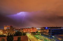 Noches de Madrid. (Amparo Hervella) Tags: madrid españa spain paisajeurbano tormenta rayo nube nocturna arquitectura ciudad largaexposición d7000 nikon nikond7000 comunidadespañola
