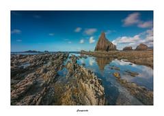 Campiecho... (Canconio59) Tags: landscape asturias cadavedo cielo sky nubes clouds reflejos reflexes largaexposición longexposition mar sea rocas rocks campiecho