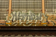 EACH2 (TheGraffitiHunters) Tags: graffiti graff spray paint street art colorful freight train tracks benching benched racks autoracks each 2 each2 ribbet