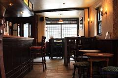 Black Lion (innpictime ζ♠♠ρﭐḉ†ﭐᶬ₹ Ȝ͏۞°ʖ) Tags: pub interior bar inn gradeii furnishings lounge bridgestreet hereford blacklion 520533962718954 flagstones