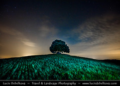 Italy - Tuscany - Val d'Orcia and Lonely Oak tree at Night (© Lucie Debelkova / www.luciedebelkova.com) Tags: chapel valdorcia tuscany toscana italy italia italian italie europe eu it world exploration trip vacation holiday place destination location journey tour touring tourism tourist travel traveling visit visiting sight sightseeing light lights dawn dusk wonderful fantastic awesome stunning beautiful breathtaking incredible wwwluciedebelkovacom luciedebelkova luciedebelkovaphotography night