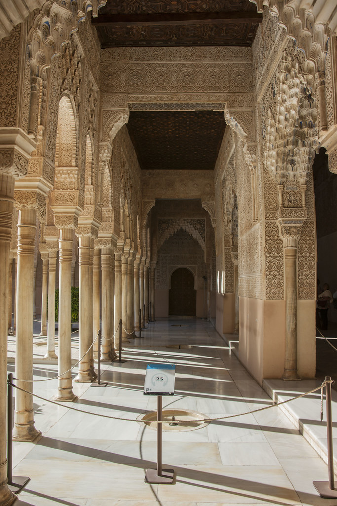 arabesque arches and pillars - photo #16