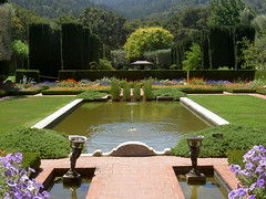 Filoli Garden, San Mateo Ca (TariqhCN) Tags: filoligarden2007 san mateo outdoor nature landscape country pond fountain bay area fransicso flowers trees woodside estate