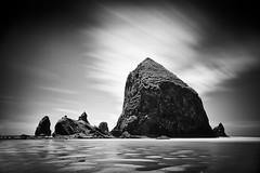 Haystack Rock (Ron Rothbart) Tags: 10stopfilter cannonbeach nd oregon bw beach blackandwhite longexposure monochrome neutraldensityfilter rock water