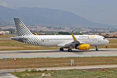 EC-MJB Airbus A.320-232SL Vueling AGP 10-06-17 (PlanecrazyUK) Tags: lemg malaga–costadelsolairport malaga costadelsol ecmjb airbusa320232sl vueling agp 100617