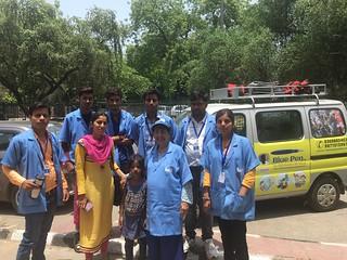 Team Blue pen with best kids of the Day Mantasha, at Nizamuddin tomb slum on 9.7.2017