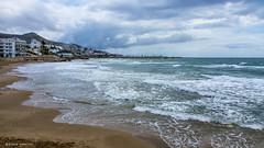 2368  Playa de Sitges, Barcelona (Ricard Gabarrús) Tags: agua playa mar water arena airelibre olas ricardgabarrus cielo nubes clouds ricgaba olympus