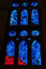 Sagrada Família (Maya Lucchitta) Tags: antonigaudí barcelona basílicaitempleexpiatoridelasagradafamília españa gaudi gaudí sagradafamilia sagradafamília spain stainedglass