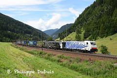 BR 186 440 et ES 64 F4-027 à Brennero-Brenner (I) (passiontrain.ch) Tags: br 186 440 et es 64 f4027 assurant un train à destination de allemagne brennerobrenner i itlia lokomotion mrce dispolok