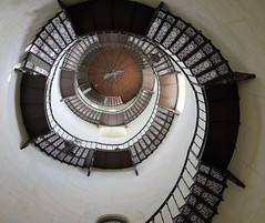 Wendeltreppe im Mittelturm (julia_HalleFotoFan) Tags: rügen granitz jagdschlossgranitz treppe turmtreppe turm gusseisen wendeltreppe