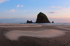 Haystack Rock (russ david) Tags: haystack rock cannon beach or oregon pacific ocean landscape april 2017 sea stack