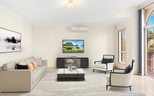 76 Roth Street, Casula NSW