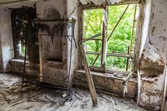 I Can't Get No Sleep (Jan Moons) Tags: frankrijk chateau notes urbex nikon nikond600 d600 lightroom 247028 tamron forgotten abandoned old rusty bed broken window castle empty