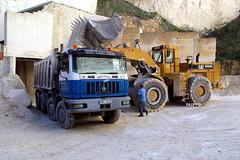 Caterpillar 988F - Astra HD7C (Falippo) Tags: caterpillar astra malta quarry steinbruch cava loadingshovel wheelloader tipper lorry truck camion autocarro