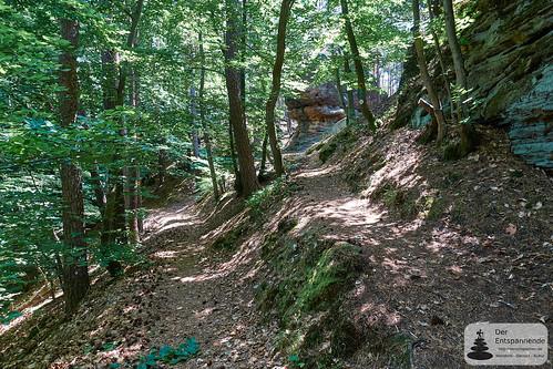 Kupferbergfelsen auf dem Leininger Burgenweg
