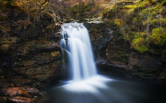 The Falls Of Falloch / Eas Fallach (Stefan (back from Scotland, but need some time)) Tags: scotland waterfall longtimeexposure water motion landscape nature lochlomond fallsoffalloch falloch fall crianlarich stirling stirlingshire sonya7m2 sel35f14z