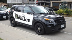 Halton Regional Police (car show buff1) Tags: halton regional police ford interceptor service oakville on canada utility explorer taurus chevy caprice dodge charger law enforcement crown victoria tahoe ppv opp squad rescue downtown region command mobile incident