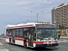Toronto Transit Commission 8526 (YT | transport photography) Tags: ttc toronto transit commission nova bus lfs