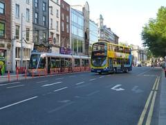Luas Cross City (Csalem's Lot) Tags: luascrosscity wrights gemini 44 dublin dublinbus bus gt 4001 luas westmorelandstreet