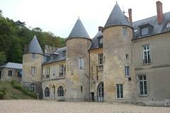 Château de Vaux-sur-Seine - Yvelines (Philippe_28) Tags: vauxsurseine 78 yvelines iledefrance france europe château castle