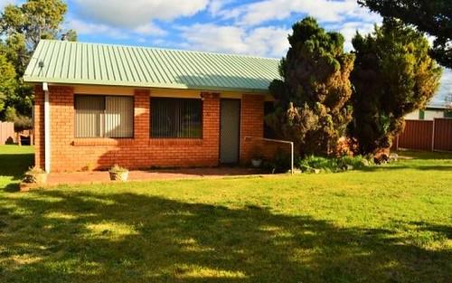 54 Manse Street, Guyra NSW 2365