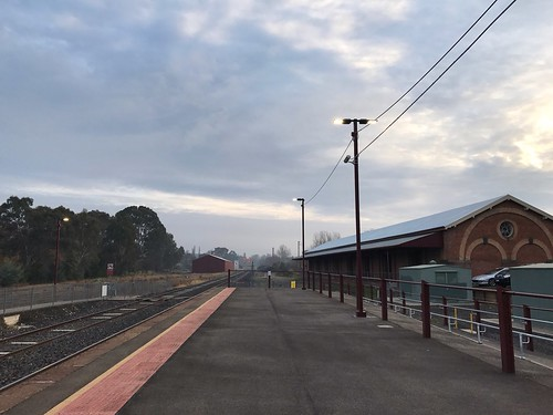 Castlemaine station