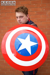 IMG_1812.jpg (Neil Keogh Photography) Tags: shield marvel theavengers stars armour cosplayers pants tv comics red female boots blue top jumpsuit film videogames wintersoldier marvelcomics cosplay black male captainamerica backpack brown white