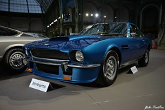 1977 Aston-Martin  V8 (pontfire) Tags: 1977 astonmartin v8 legrandpalais bonhams1793 britishcars classiccars oldcars antiquecars sportscars voitureanglaise vieillevoiture automobileancienne automobiledecollection voituredesport car cars auto autos automobili automobiles voiture voitures coche carro carros wagen pontfire worldcars grandtourisme automobile coches oldtimer france luxurycars voituredeluxe sportcar supercars nikon british anglaise britishcar voituredexception britishluxurycars william towens bonhamslesgrandesmarquesdumondeaugrandpalais blue bleue