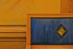 Le losange (Isa-belle33) Tags: interior intérieur indoor vintage retro armchair fauteuil wallpaper colors couleurs orange bleu blue fuji fujifilm fujixt1 urban urbain city ville geometry géométrie wall mur abstract abstraction minimalisme minimalism