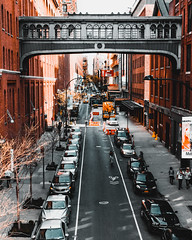 Hipster district (Kai Pilger) Tags: chelsea highline manhattan newyork usa desaturated district urban street city car road traffic horizontal architecture building ngc