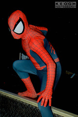 IMG_1879.jpg (Neil Keogh Photography) Tags: gloves spiderman tvfilm marvel theavengers webs boots comics red spidey blue spider theamazingspiderman mask videogames manchestersummerminicon marvelcomics jumpsuit black peterparker cosplayer cosplay male white