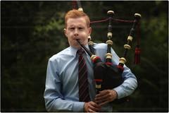 Solo Piper (FotoFling Scotland) Tags: piper luss highlandgames