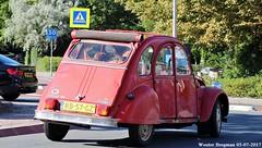 Citroën 2CV 1986 (XBXG) Tags: rb57gz citroën 2cv 1986 citroën2cv 2pk deuche deudeuche eend geit 2cv6 red rood rouge cabriolet cabrio convertible découvrable overveen nederland holland netherlands paysbas vintage old classic french car auto automobile voiture ancienne française vehicle outdoor