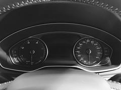 #dash (Simon Gilgallon) Tags: counter mileometer speedo revs rev cluster instruments dash car suv q5 audi