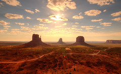 Monument Valley Landscape (ap0013) Tags: monumentvalley utah arizona landscape desert west western monumentvalleyutah monumentvalleyarizona mountain