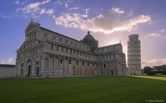 La Place des Miracles (Yohann Hamonic) Tags: yohannhamonic piazza dei miracoli tour de pise torre di pisa place des miracles toscane toscana italie italy italia