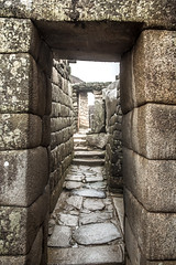 A Través (matiasrquiroga) Tags: ruins ruinas through machu picchu huayna peru travel trip tour old stone texture