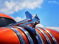 Chrome King (Hi-Fi Fotos) Tags: pontiac chieftan vintage american hood ornament chrome bling style design classiccar detail orange metal steel chief sky nikkor 50mm 14d dx nikon d7200 hififotos hallewell