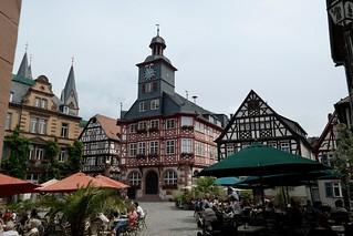 Heppenheim - Marktplatz mit Rathaus