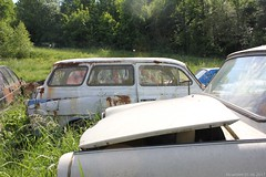 Trabant (MilanWH) Tags: autovrakoviště scrapyard czech rust épave trabant