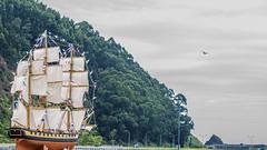 Fuego y Agua (@pabloralonso) Tags: hoguerasanjuan2017 sanjuan asturias sanjuandelaarena bajonalon sea river boat barco pentax fire fuego water agua ngc