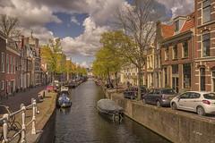 Nieuwe Gracht (hph46) Tags: haarlem noordholland niederlande nieuwegracht gracht wasser häuser stadt wolken sony alpha7r canonef163514lisusm